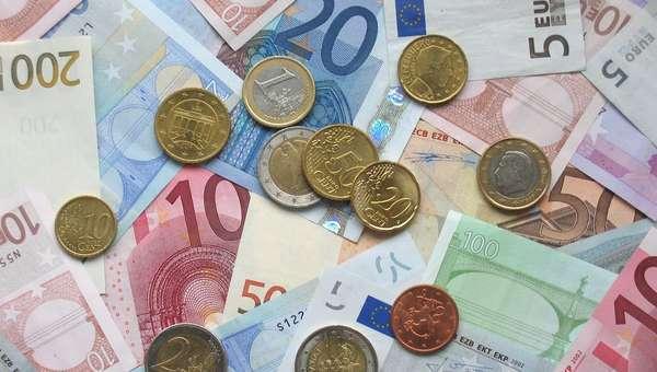 Oltre l'austerità ma rimanendo nell'euro