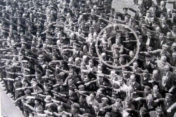 August Landmesser e il potere dei senza potere
