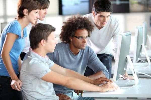 «Piano pensioni e student act per i giovani»